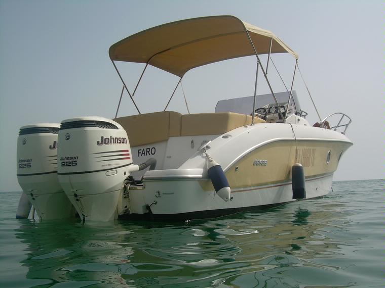 sessa marine key largo 28 in faro power boats used 65665 inautia. Black Bedroom Furniture Sets. Home Design Ideas